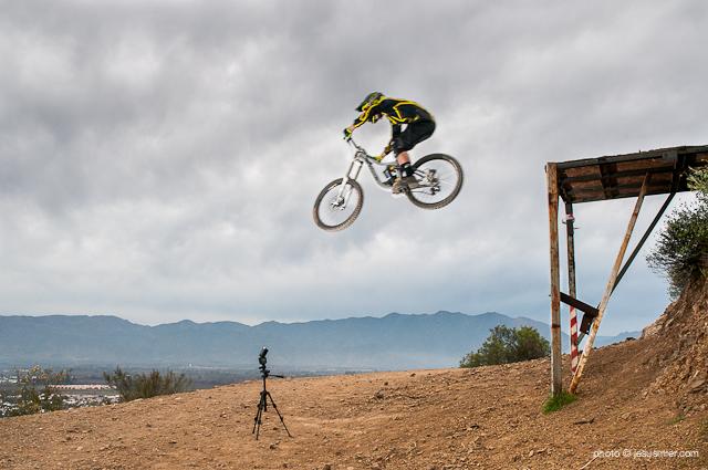 Downhill los Andes Rider Luis Matías