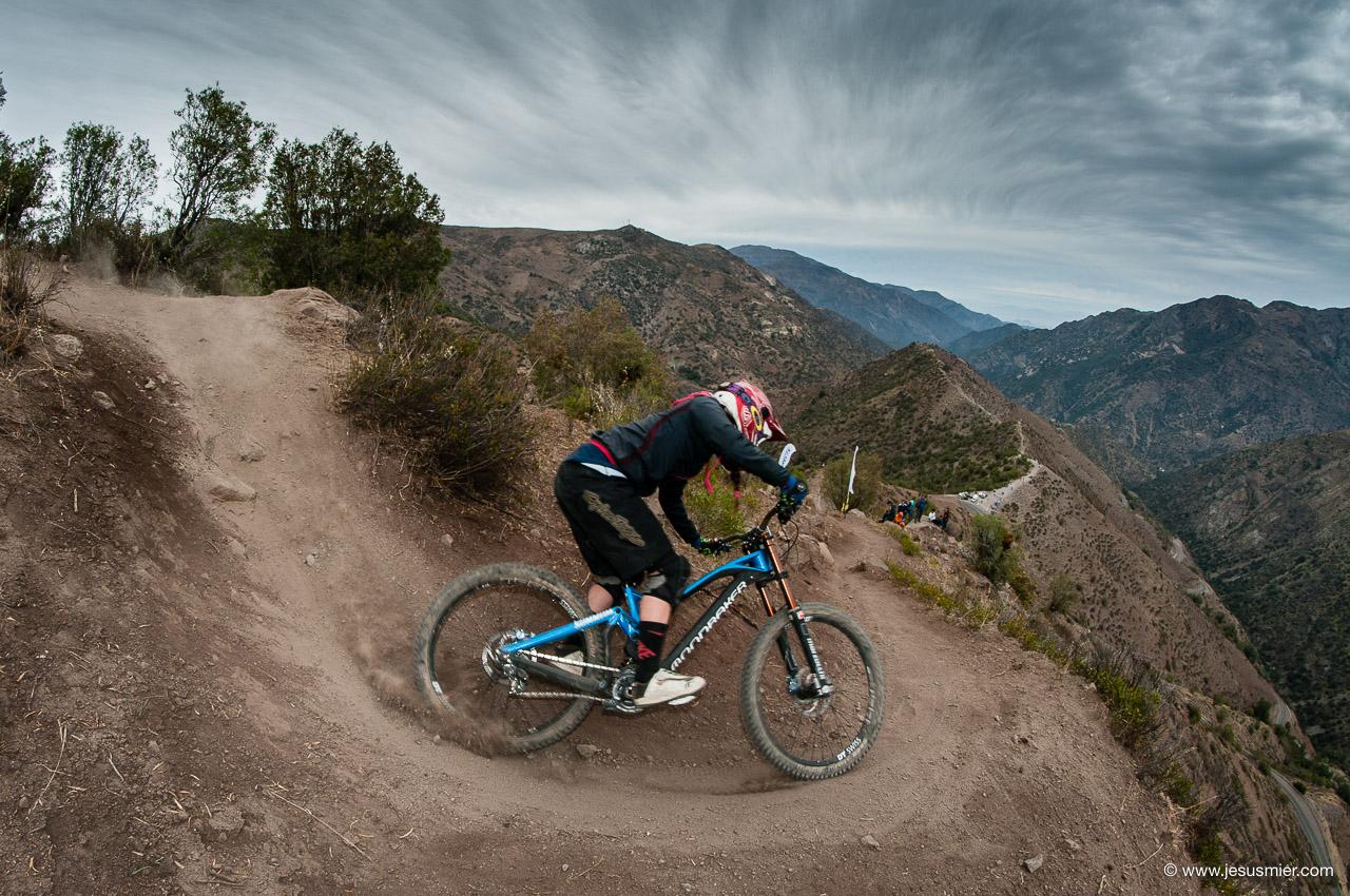 Camila Nogueira, DirecTv Super Downhill 2015. Foto: Jesús Mier