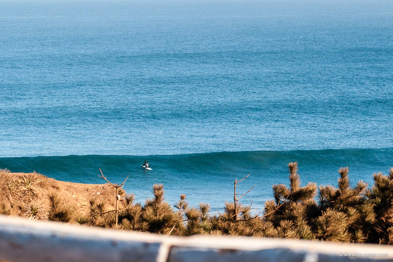 Surf trip por Chile. Surf en solitario Foto: Jesus Mier