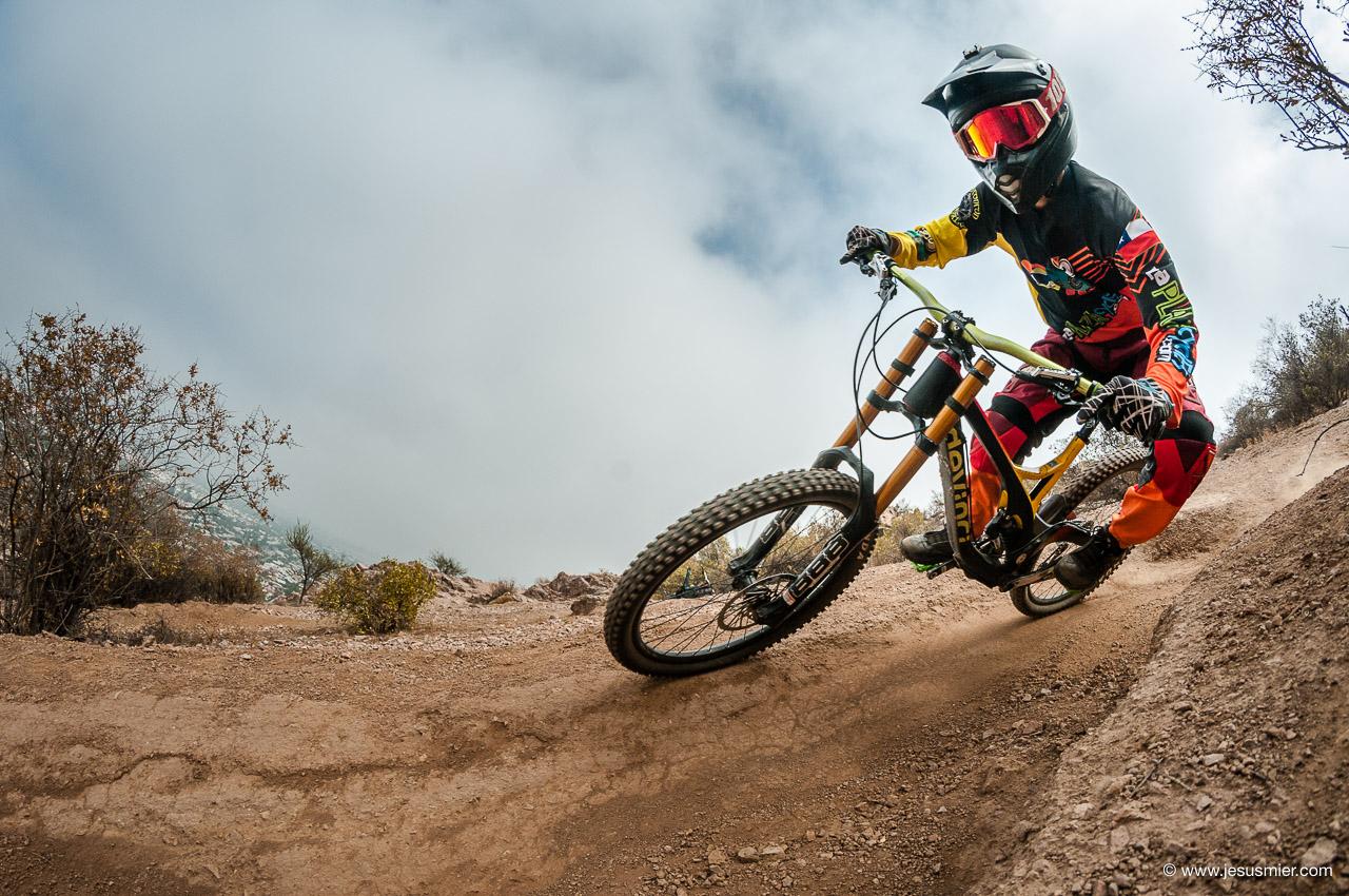 Downhill Los Andes. Rider: Matias Peredes. Foto: © Jesus Mier