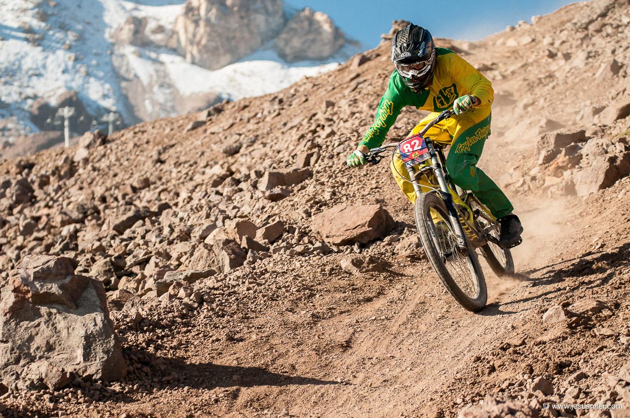 Ale Caerols, DirecTv Súper Downhill 2015. Foto: Jesús Mier