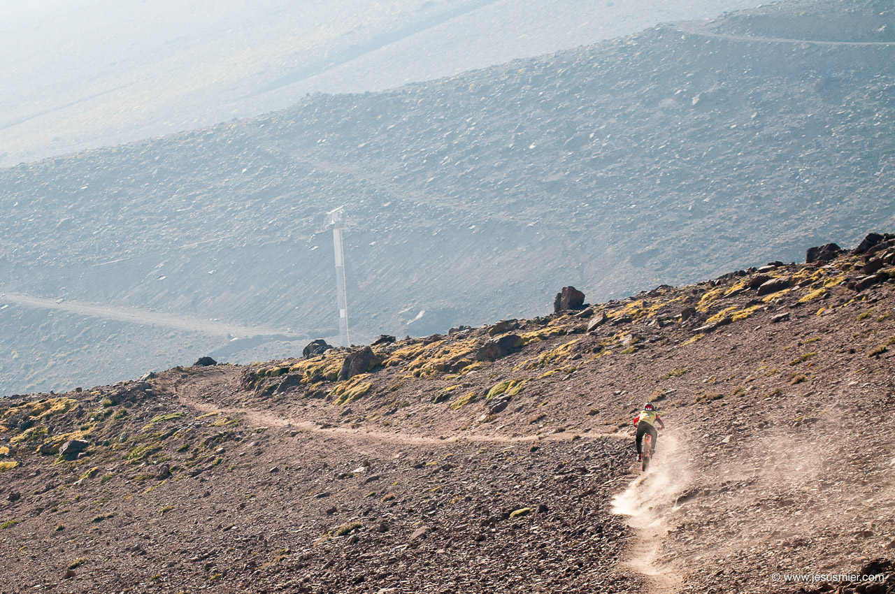 Rodrigo Farias, DirecTv Súper Downhill 2015. Foto: Jesús Mier