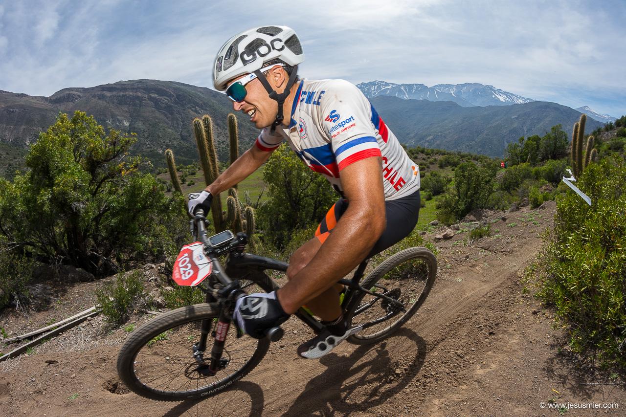 Gonzalo Aravena. Mountainbike Tour 2017 - Nido de Condores
