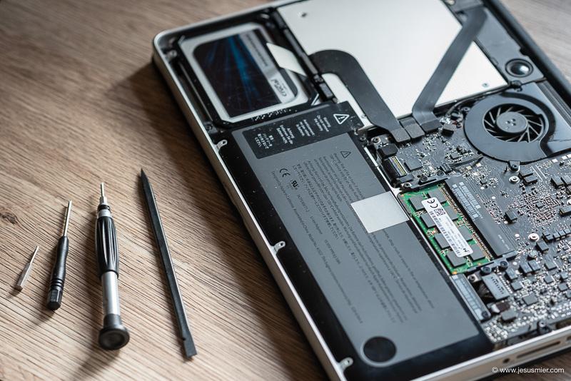 Actualizar MacBook Pro y ampliar memoria